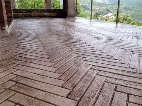 vantaggi del cemento stampato