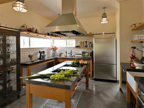 brickhouse kitchen island pros and cons of open concept floor plans hgtv 4900