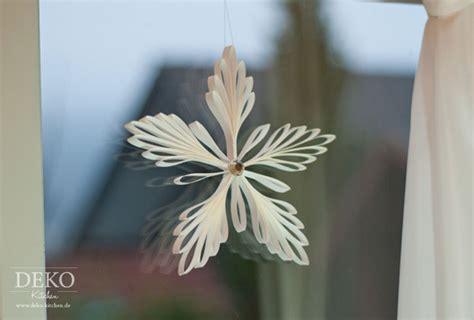 Edle Weihnachtsdeko Fenster by Diy Edle Weihnachtsdeko Mit Eiskristall Anh 228 Ngern Aus