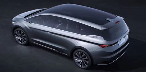 mpv car geely mpv concept unveiled at shanghai show photos 1 of 3