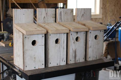 fabulous birdhouse plans  invite feather friends