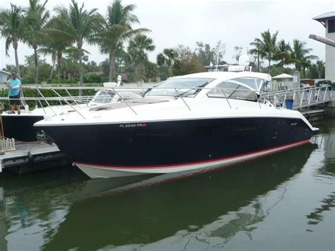 Pursuit Boats Dc 365 Price by 2014 Pursuit 365i Power Boat For Sale Www Yachtworld