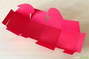 Herz Aus Papier Basteln : herzschachtel ohne kleben basteln druckvorlage anleitung ~ Lizthompson.info Haus und Dekorationen