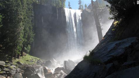 Minnesota Hiker Falls From Cliff His Death Near