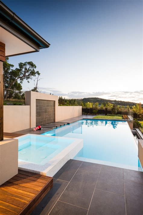 unbelievable contemporary pools   hot days  summer