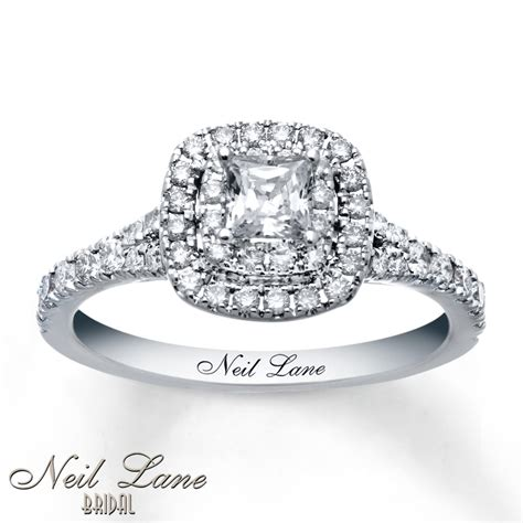 buy engagement ring why to buy pave engagement rings