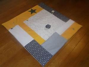 Tapis D éveil Gris : les 25 meilleures id es de la cat gorie tapis gris et jaune sur pinterest tapis jaune la ~ Teatrodelosmanantiales.com Idées de Décoration