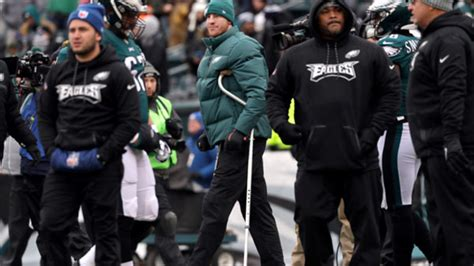 philadelphia eagles quarterback carson wentz responds