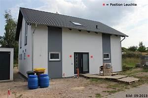 Außenbeleuchtung Haus Led : gestaltungselement au enbeleuchtung haus im lichterglanz ~ Lizthompson.info Haus und Dekorationen
