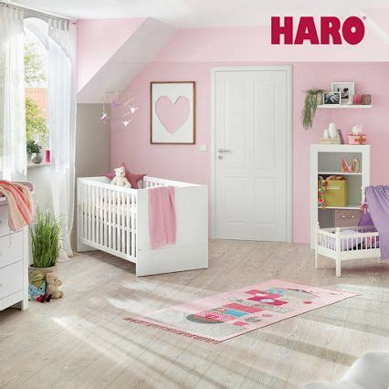 sol pour chambre une chambre pour bébé avec un sol vinyle design sain