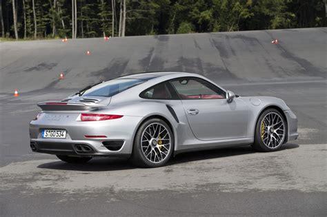 Volante Porsche 911 Turbo S Essai Porsche 911 Turbo S Au Volant De La Type 991 Turbo