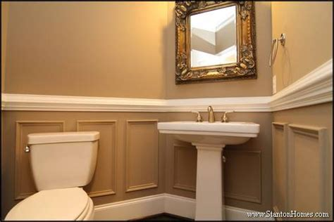 Beadboard Powder Room : 14 Wainscoting Trends With Photos