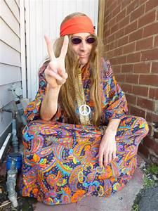 Enjoy the hippie fashion