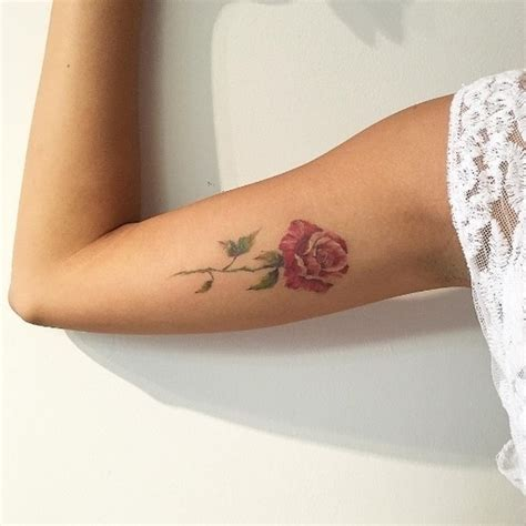 stunning arm tattoos  women meaningful feminine