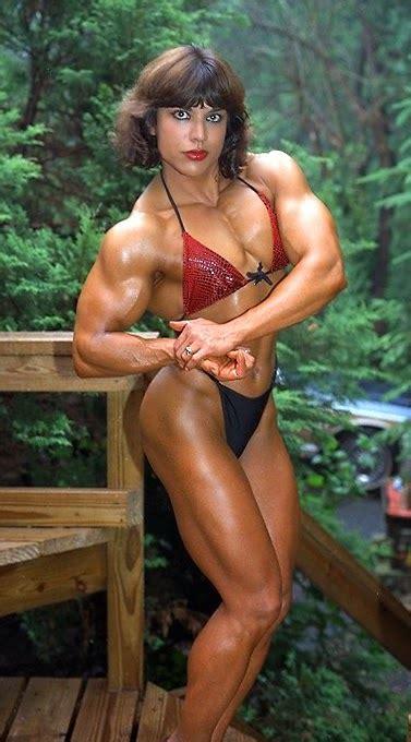 female muscle juliette bergmann
