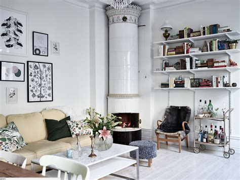 design attractor Bohemian Chic Apartment with a Botanical