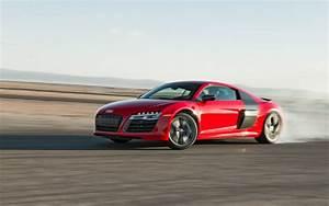 Audi R8 Motor : 2014 audi r8 v10 plus vs 2014 nissan gt r track pack ~ Kayakingforconservation.com Haus und Dekorationen