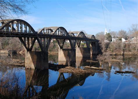 charming river towns  alabama  visit  spring