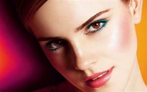 Emma Watson Beautiful 2017 Wallpapers