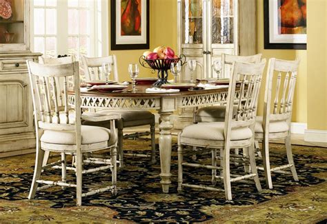 summerglen  piece oval leg dining table  spindle