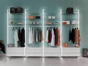 begehbarer kleiderschrank im schlafzimmer schranksysteme individuell planen mit frank schranksysteme de