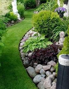 Aranjamente de gradina cu pietre si flori - 16 idei