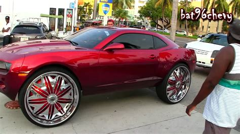 Camaro On 32's, 300 & Srx On 30's, Outrageous Charger On