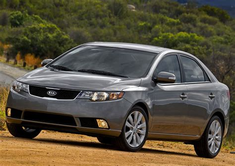 The cerato is packed with the latest technology to keep you connected while you enjoy the journey. Kia Cerato 2011: Review, Amazing Pictures and Images ...