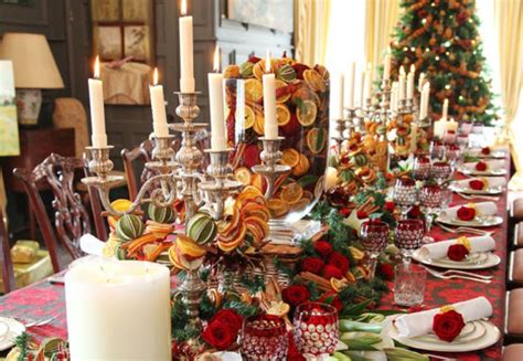 christmas centerpieces 55 beautiful christmas centerpieces digsdigs