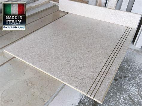 piastrelle per scale pavimento per scale da interno su misura economico antiscivolo