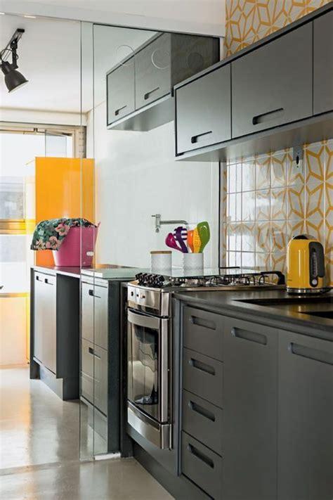 d馗o cuisine grise couleur mur cuisine grise cuisine cuisine mur blanc et gris chaios cuisine blanche et with couleur mur cuisine grise free top deco pour