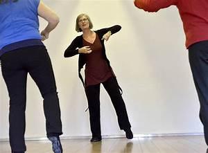 Mannheim Nach Freiburg : tanzen gegen krankheit und schmerz freiburg badische zeitung ~ Markanthonyermac.com Haus und Dekorationen