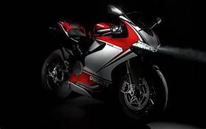 Racing Caf U00e8  Ducati 1199 Panigale S Tricolore 2012