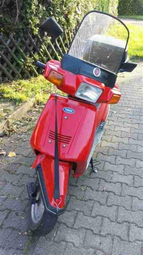 motorroller 125ccm yamaha motorroller 125 ccm yamaha beluga in rot t 252 v bestes angebot yamaha