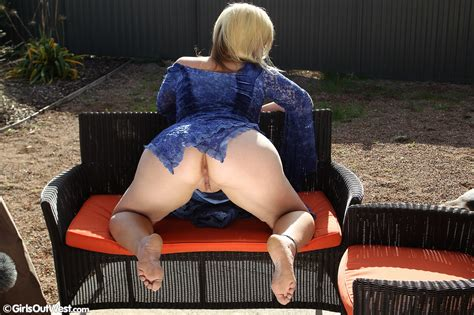 Pierced Amateur Milf And Her Dildo | Girls Out West Free Stuff