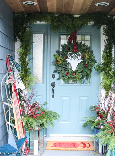 thrifty classic christmas front porch decor  happy