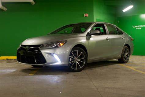 review  toyota camry xse  octane