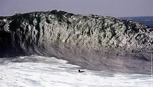 Pacific Storm Brings High Surf To Southern California ...