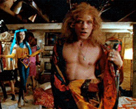 Buffalo Bill Silence Of The Lambs Memes - silence of the lambs director understands why film was considered transphobic queerty