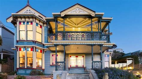 wellingtons historic painted lady sells