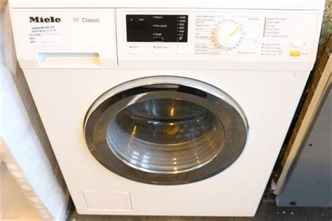 miele w classic 1 x miele w classic digital display the counter washing machine in white 2044774 rrp 163 875