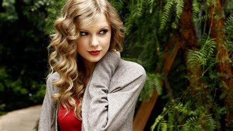 Taylor Swift Hd Wallpapers Free Downloads