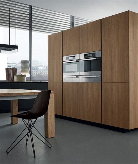 how to buy kitchen cabinets lacquered wooden kitchen twelve by varenna by poliform 7202