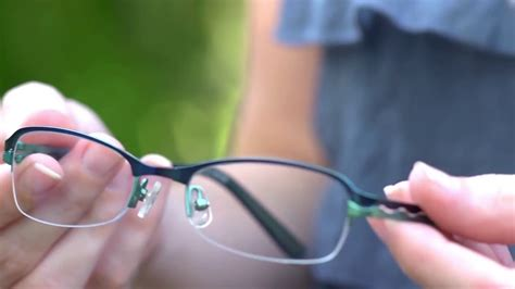 As the world leader in prescription lenses, essilor offer a wide variety of high quality solutions to suit all your vision needs. Essilor 360 Single Vision lenses, a digital lens from ...