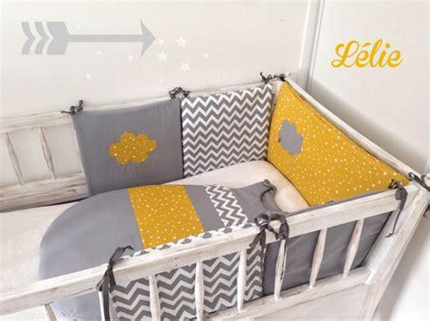 tour de lit bebe fait maison les 25 meilleures id 233 es de la cat 233 gorie chambre de b 233 b 233 de chevrons sur chambre de