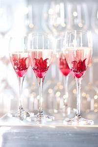 Silvester Dekoration Gastronomie : hibiskusbl te erbl ht im sekt sieht auch gut aus rezepte g ste brunch pinterest sekt ~ Orissabook.com Haus und Dekorationen