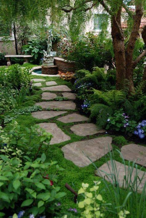 Stepping Stones Garden by Flagstone Stepping Stones With Moss Garden And Lawn