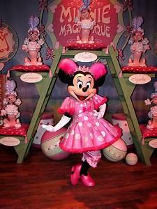 où rencontrer mickey mouse et minnie mouse à walt disney