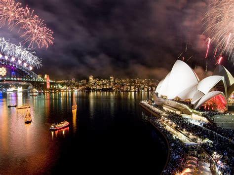 happy  year christmas  year fireworks  sydney