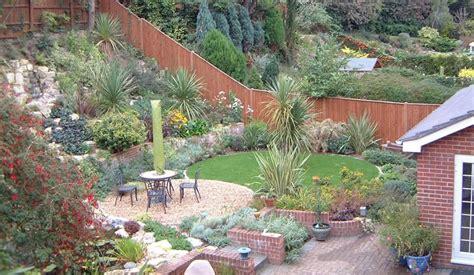 Garten Gestalten Hanglage by Sloping Garden Design Ideas For Small Garden Tinsleypic